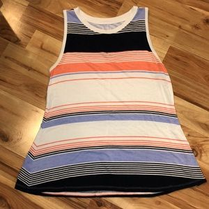 2 medium Maurices tanks